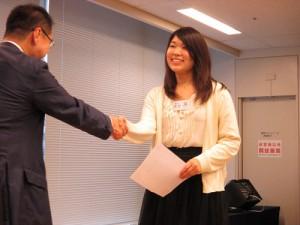 修了証書は代表、松井さんに受け取っていただきました!